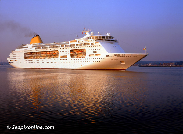 Arcadia, Ocean Village, Sitmar Fairmajesty, Star Princess, Pacific Pearl, Columbus 8611398 ID 1270