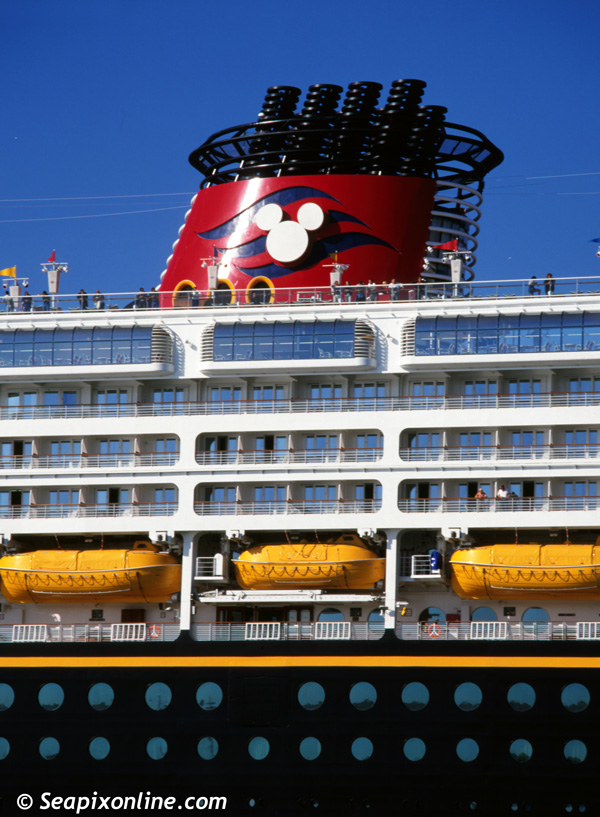 Disney Wonder 9126819 ID 7090