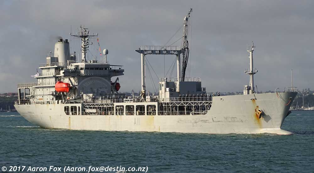 HMNZS Endeavour (A11) ID 10983