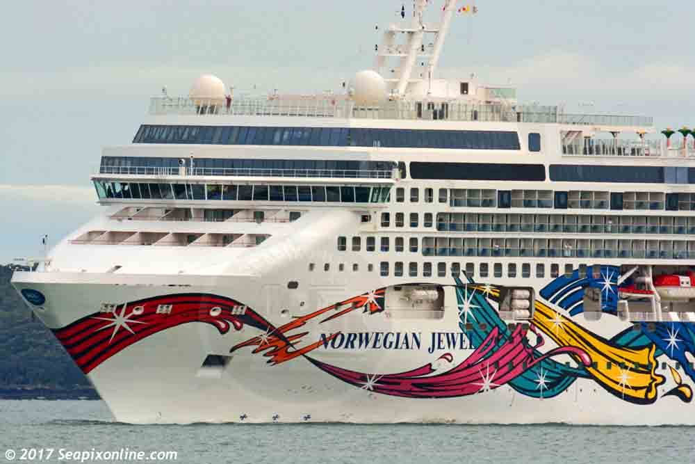 Norwegian Jewel 9304045 ID 11121