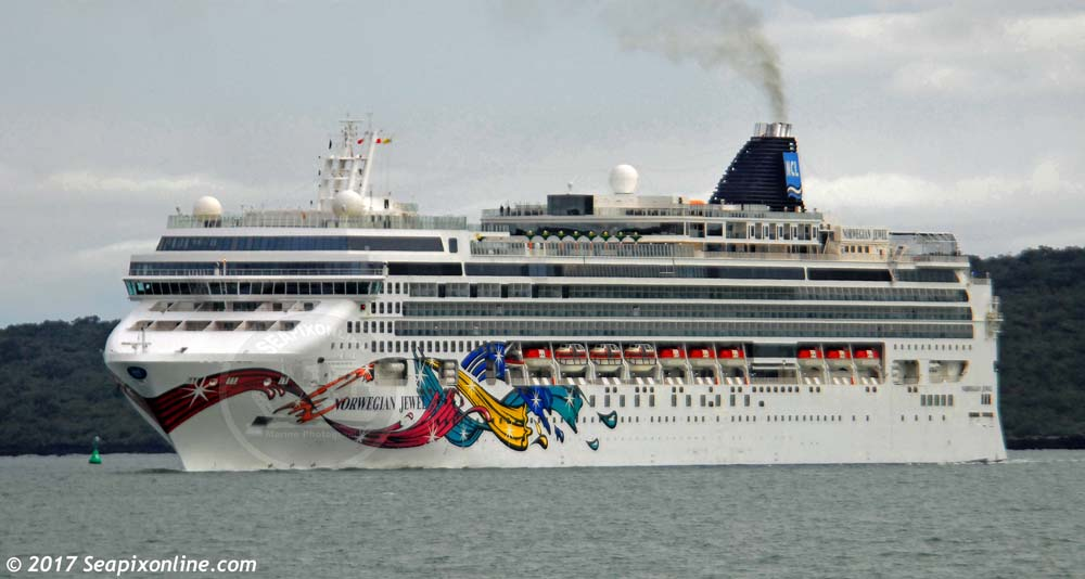 Norwegian Jewel 9304045 ID 11108