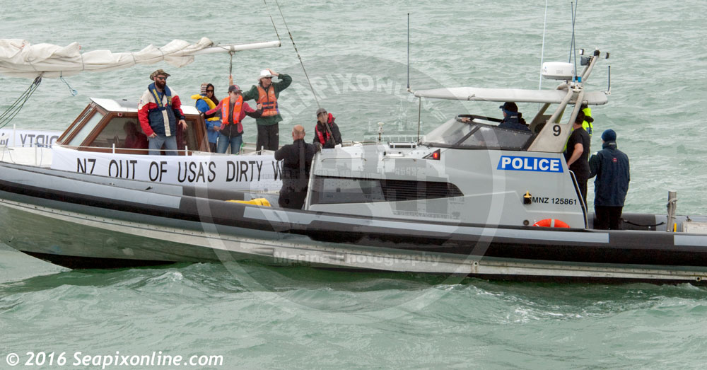 Water police patrol craft ID 10706